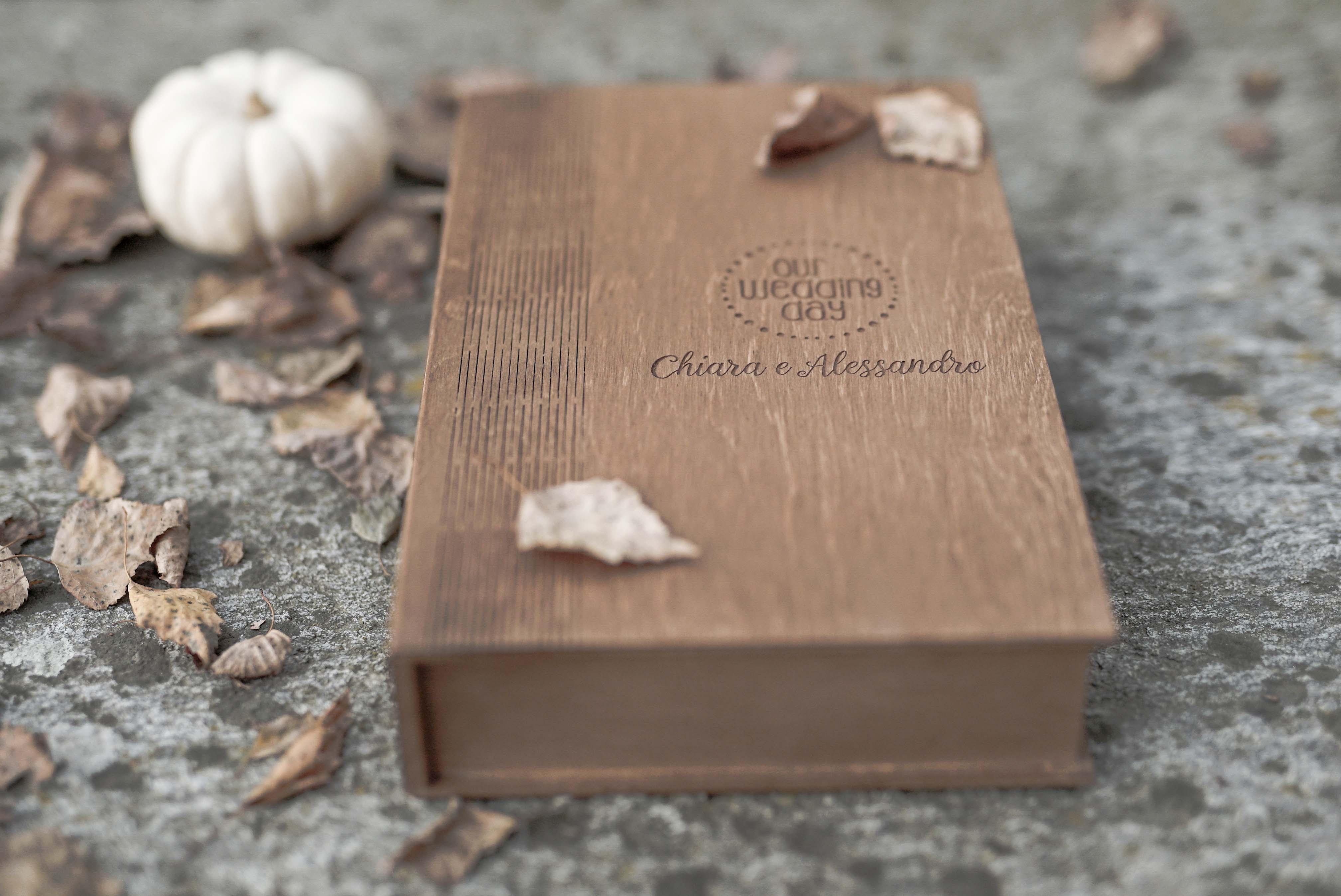 una scatola in legno per il tuo video